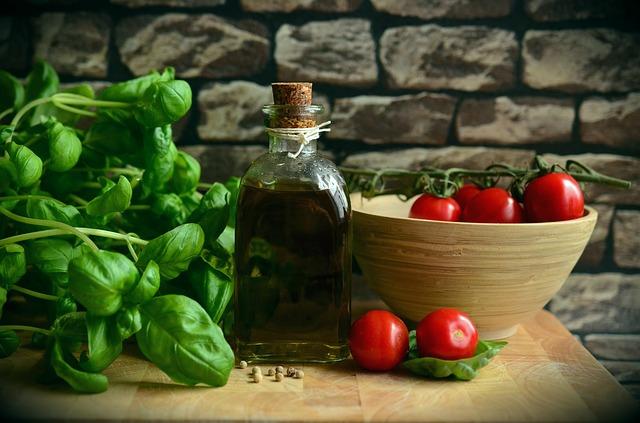Para vivir más y mejor, la dieta Mediterránea rica en AOVE