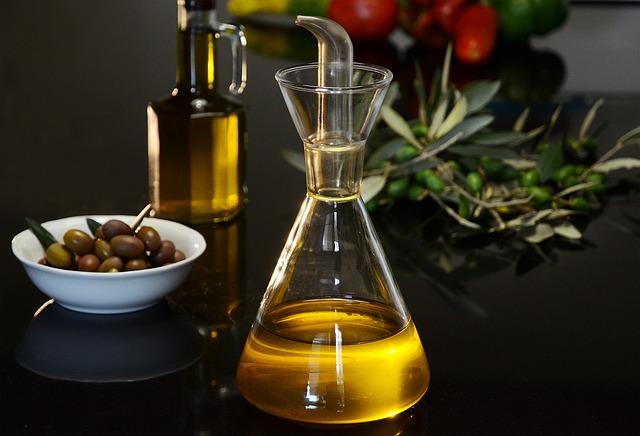 Contra la obesidad, dieta mediterránea y aceite de oliva virgen extra